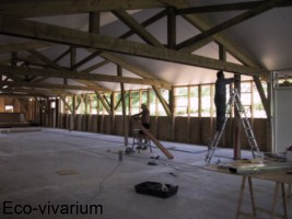 Construction de l'eco-vivarium: bardage bois